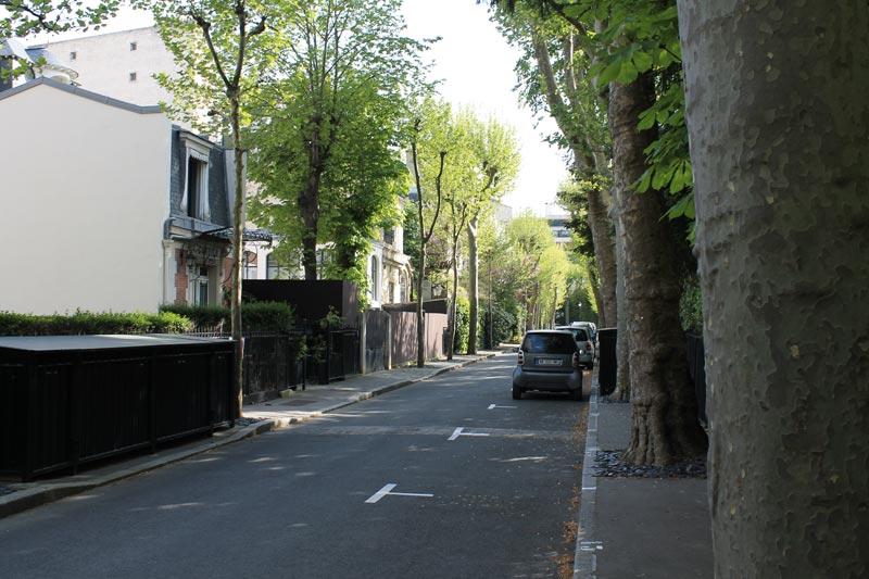Allée principale de la Villa Molitor.