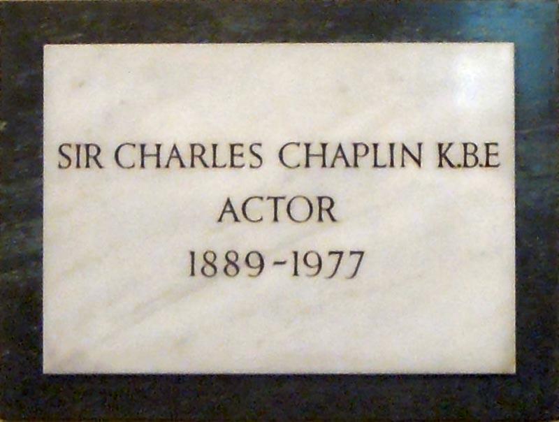 L'acteur, Charles Chaplin enterré en l'Eglise Saint-Paul.