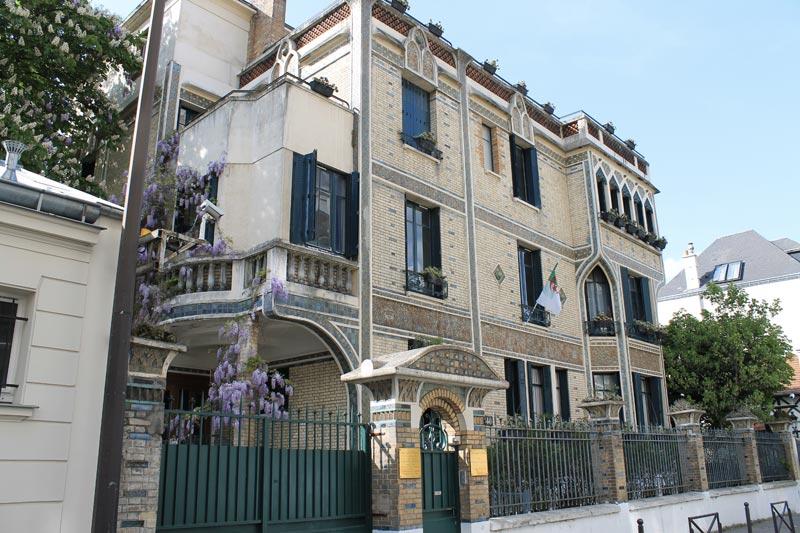 Ancien Hôtel Danois édifié début 20ème devenu ambassade d'Algérie.