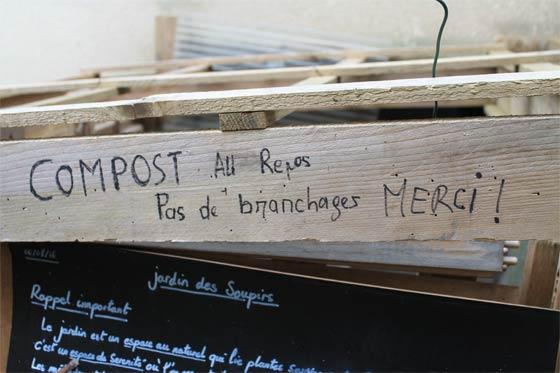 Compost dans le jardin des soupirs
