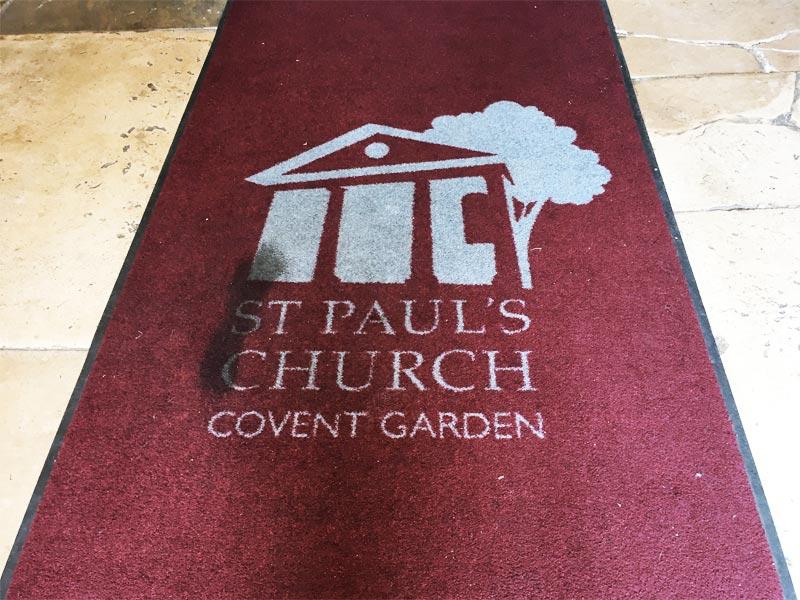 Entrée de l'Eglise Saint-Paul